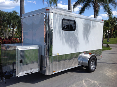 Dog Grooming Trailer-Exterior
